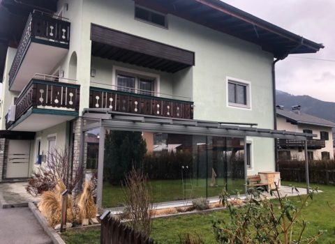 Terrassendach mit Glasschiebeelemente